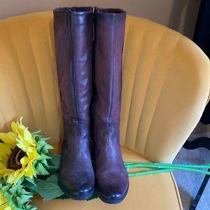 MJUS knee boots